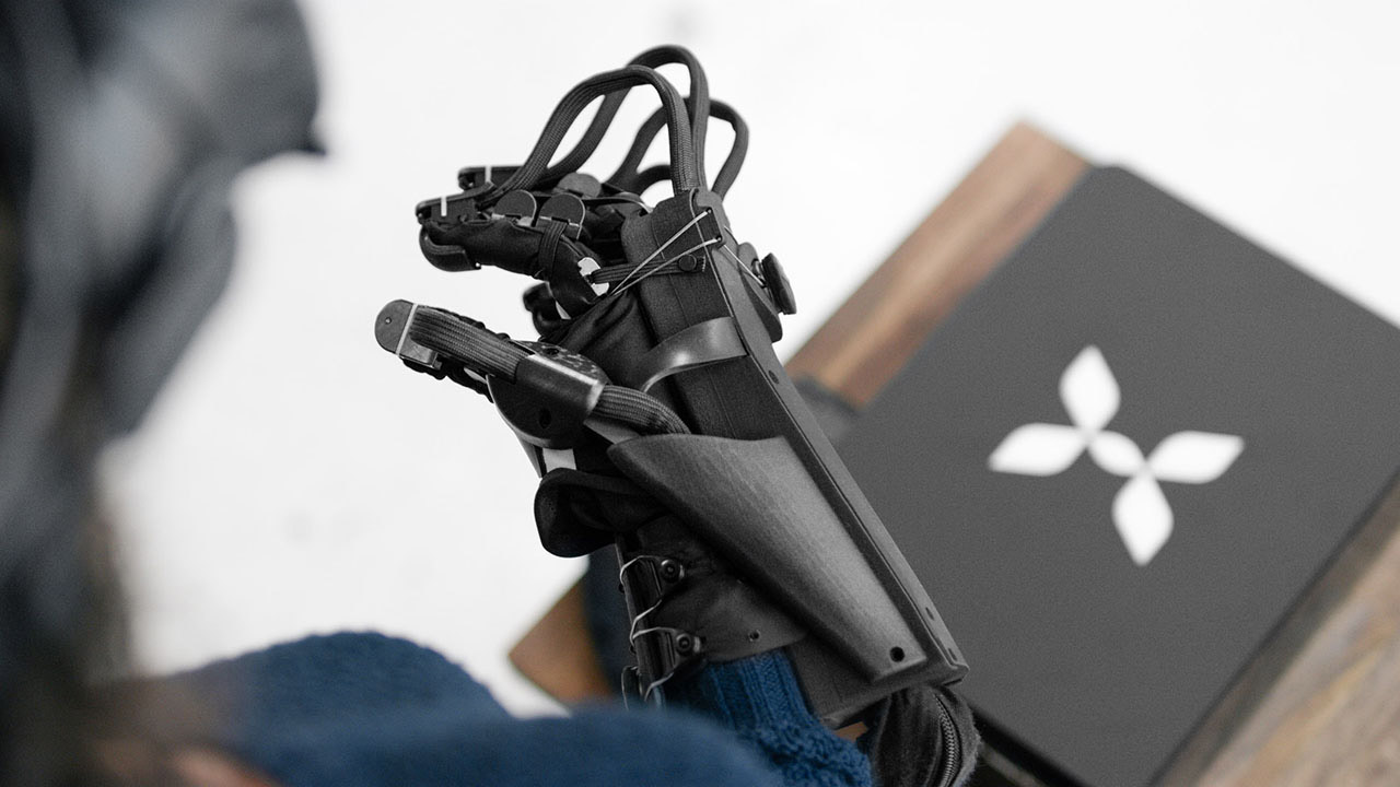 HaptX VR glove will fool your skin as well as your eyes in virtual reality: